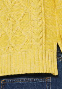 GAP - CABLE CREW - Jumper - misted yellow - 4