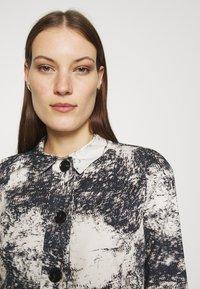 ALIGNE - CHYNA - Denim jacket - marble - 3