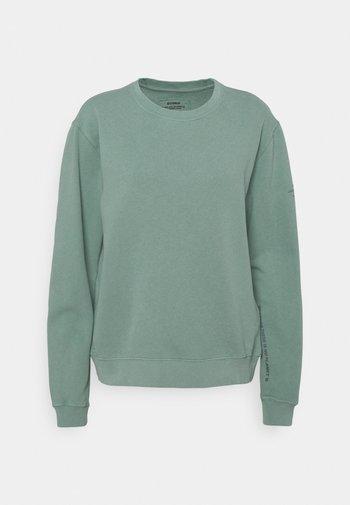 BASIC WOMAN - Sweatshirt - green shadow