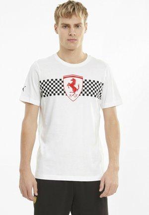 SCUDERIA FERRARI  - Print T-shirt - white
