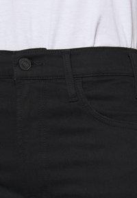 Mother - THE HUSTLER ANKLE FRAY - Jeans Skinny Fit - black - 5