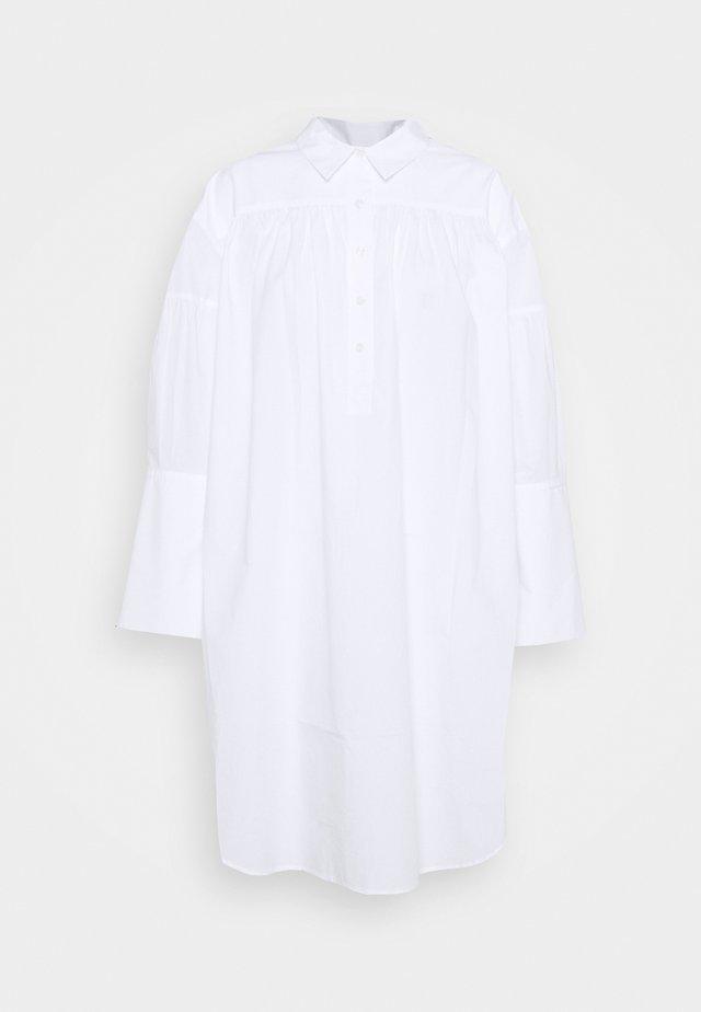 NIKOLANA - Abito a camicia - pure white