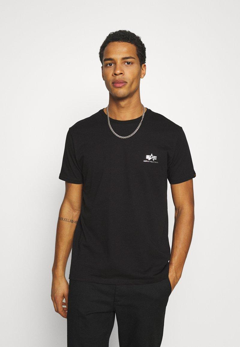 Alpha Industries - FOIL EXCLUSIVE - Print T-shirt - black/metal silver