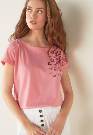 LEOPARD - T-shirt con stampa - pink