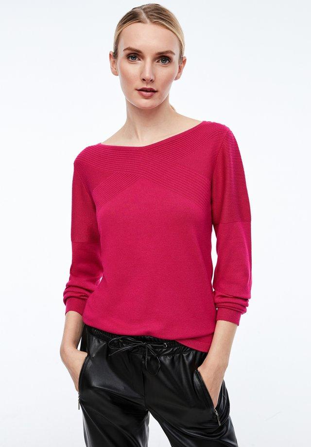 MIT STRUKTURMUSTER - Sweatshirt - pink