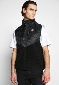 Nike Sportswear - Waistcoat - black/black/pro green - 3