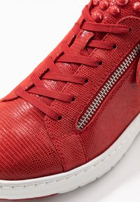 Tamaris Pure Relax - LACE-UP - Trainers - chili - 2