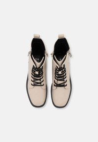 Call it Spring - VEGAN BOWIIE - Platform ankle boots - ice - 5