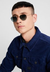 Ray-Ban - Sunglasses - blue/gradient grey - 1