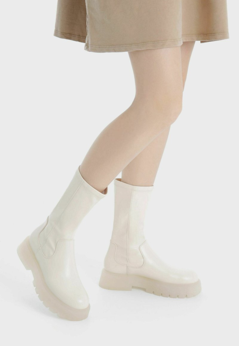 Bershka - Platform boots - stone