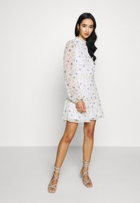 Nly by Nelly - VOLUME SLEEVE FRILL DRESS - Day dress - blue - 2