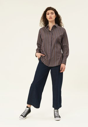 Button-down blouse - brown multi stripe