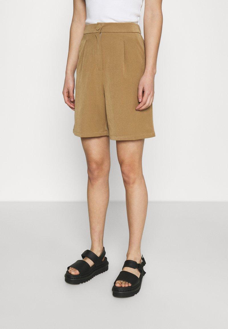 4th & Reckless - PRICKETT - Shorts - camel