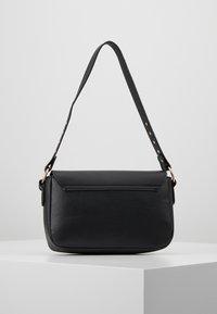 Missguided - STUD DETAIL SHOULDER BAG - Handbag - black - 2