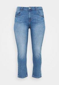 ONLY Carmakoma - CARHYSON LIFE GIRLFRIEND - Jeans Skinny Fit - medium blue denim - 5