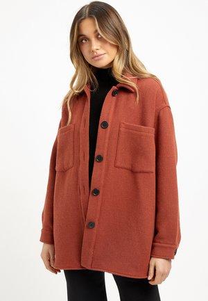 THEA - Light jacket - rust/rouille