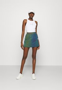 Calvin Klein Jeans - SHINE LOGO RACER BACK - Linne - bright white - 1