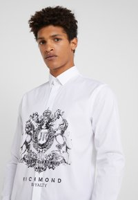 John Richmond - SHIRT JASMINE - Košile - off white - 3