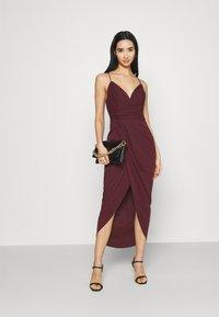 Forever New - CHARLOTTE DRAPE DRESS - Shift dress - burgundy - 1