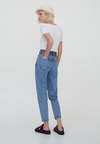 PULL&BEAR - MOM - Relaxed fit jeans - dark blue - 2