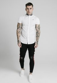 SIKSILK - TAPE COLLAR - Camisa - white - 0