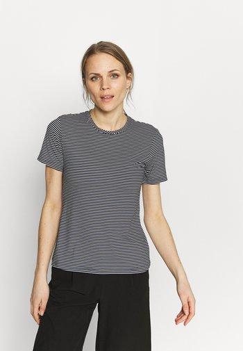 FIRWOOD CAMP - T-shirts med print - black/white