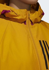 adidas Performance - ADIDAS W.N.D. WARM JACKET - Outdoorjacke - gold - 5