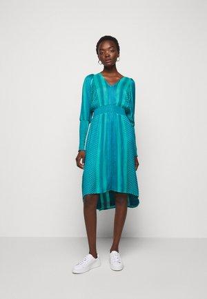 LORENTIA - Denní šaty - wave