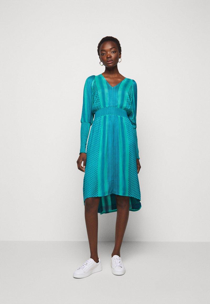 CECILIE copenhagen - LORENTIA - Day dress - wave
