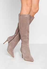 Zign - Boots med høye hæler - taupe - 0