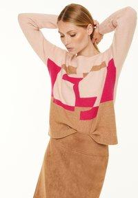 comma - Jumper - block stripe knit - 0