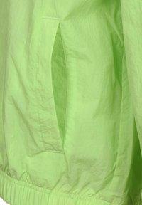 Nike Sportswear - Windbreaker - key lime - 3