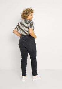 Even&Odd Curvy - Slim fit jeans - black denim - 2