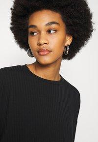 New Look - ELASTIC HEM SET - Sweatshirt - black - 5