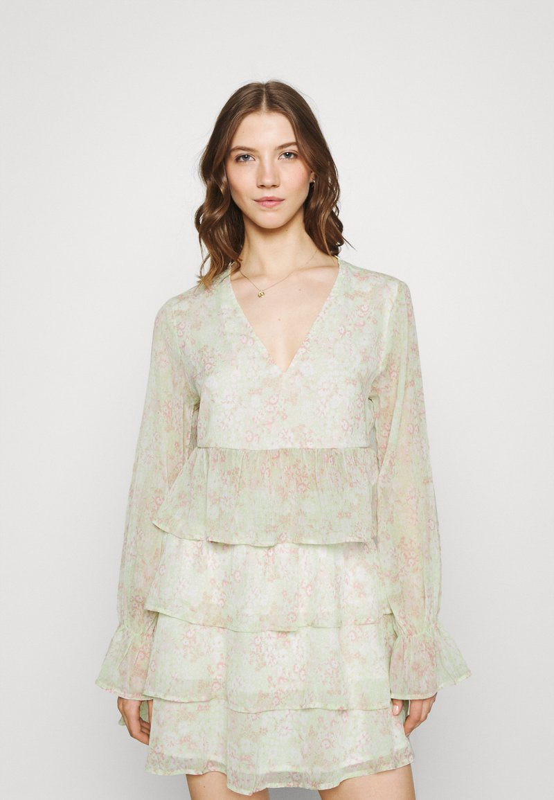 Gina Tricot - EXCLUSIVE ARCHER - Blouse - green ditsy