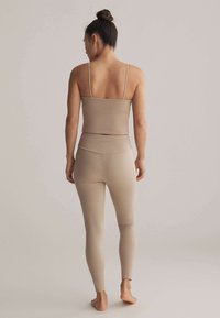 OYSHO - Top - beige - 2