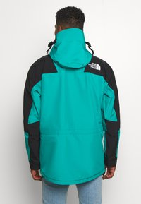 The North Face - RETRO MOUNTAIN FUTURE LIGHT JACKET - Summer jacket - jaiden green - 2
