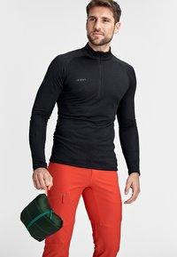 Mammut - BROAD PEAK  - Winter jacket - deep emerald-woods - 6