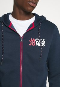Jack & Jones - JJBO ZIP HOOD - Hoodie met rits - navy blazer - 4