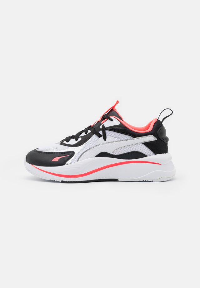 RS-CURVE GLOW  - Sneakers laag - white/black/ignite pink