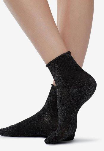Socks - metallic black