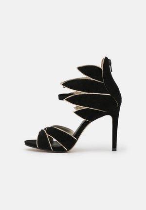 ZALIA - Sandály - noir/or