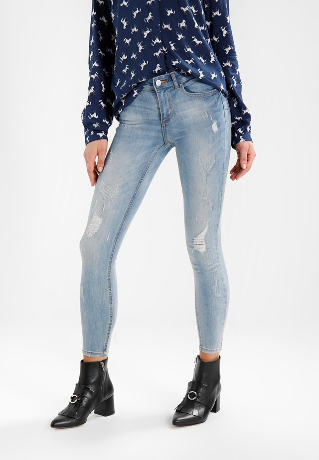 VICOMMIT 7/8 PUSHUP - Skinny džíny - medium blue denim