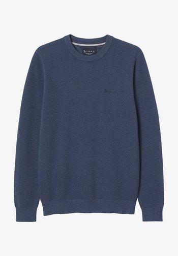 Stickad tröja - mid blue mel