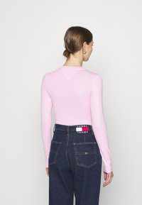 Tommy Jeans - LINEAR LOGO BODY - Maglietta a manica lunga - romantic pink - 2