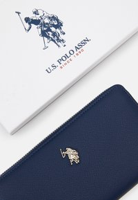 U.S. Polo Assn. - JONES ZIP WALLET  - Lommebok - navy - 3