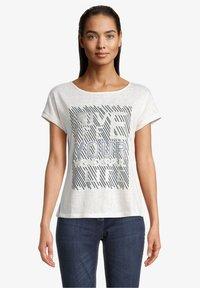 Betty Barclay - Print T-shirt - weiß/dunkelblau - 0