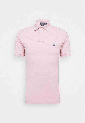SLIM FIT MODEL - Polo shirt - garden pink