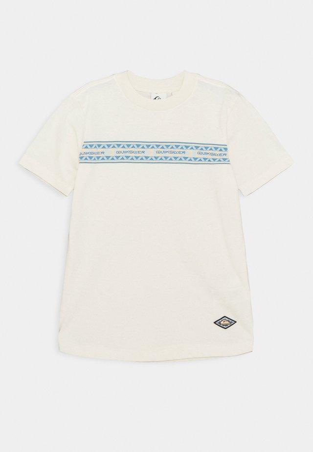 MIXTAPE YOUTH - Print T-shirt - snow white