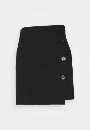 VMTYRA SHORT SKIRT - Spódnica mini - black